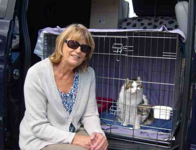 Liz & Lola on their way to their new home in Torrenostra, Spain, from Woking.